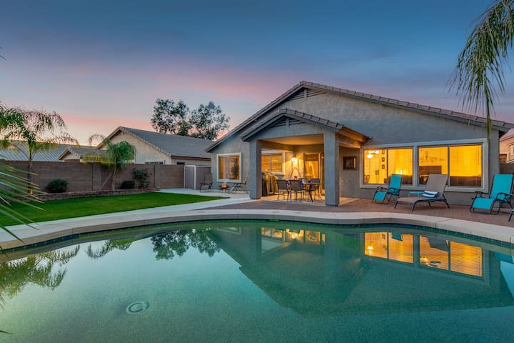 Great Home! Private Lush Grassy Backyard with Heated Pool and Firepit!
