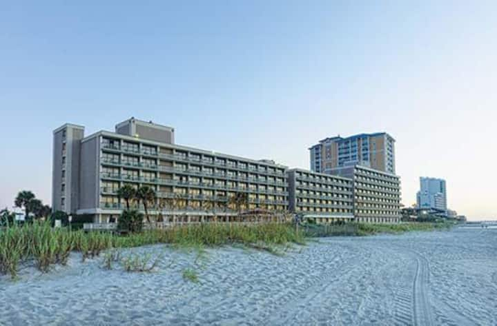 One Bedroom Ocean View Luxury Condo, Myrtle Beach (A648)