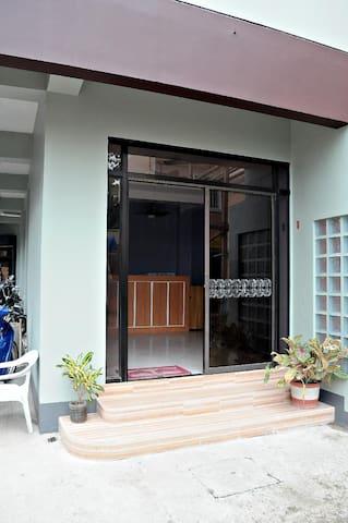 LFH Promenade Studio#1
