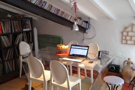 Loft,open space,terrazza a  tasca - Livorno