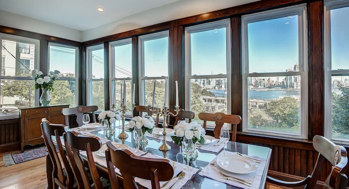 NYC Views, Luxury Townhouse Minutes To City Center