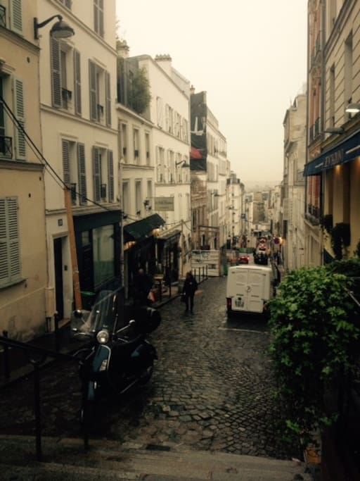 Typical Montmartre street scape.  This view is 15 meters from the apartement