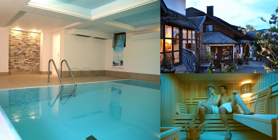 Goldener Hahn Apartment Vintage: indoor pool & spa