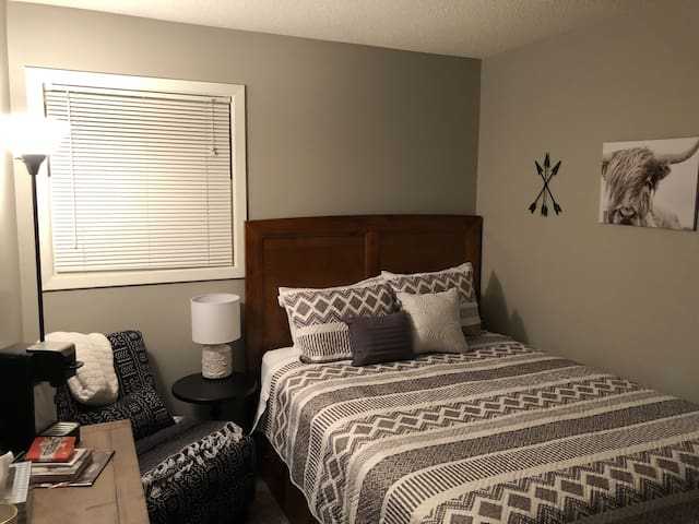 Room for rent close to RC Regional Hospital