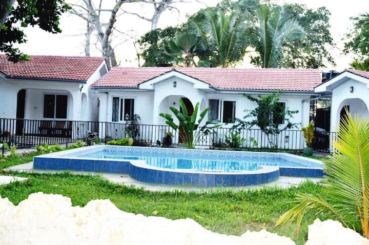 Oluwa Seun Beach Cottages - Standard double room