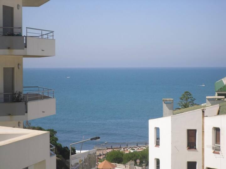 Vista sobre o mar