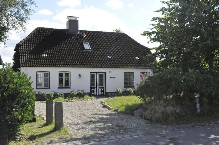 Urgemütliches Ferienhaus mit großem Garten