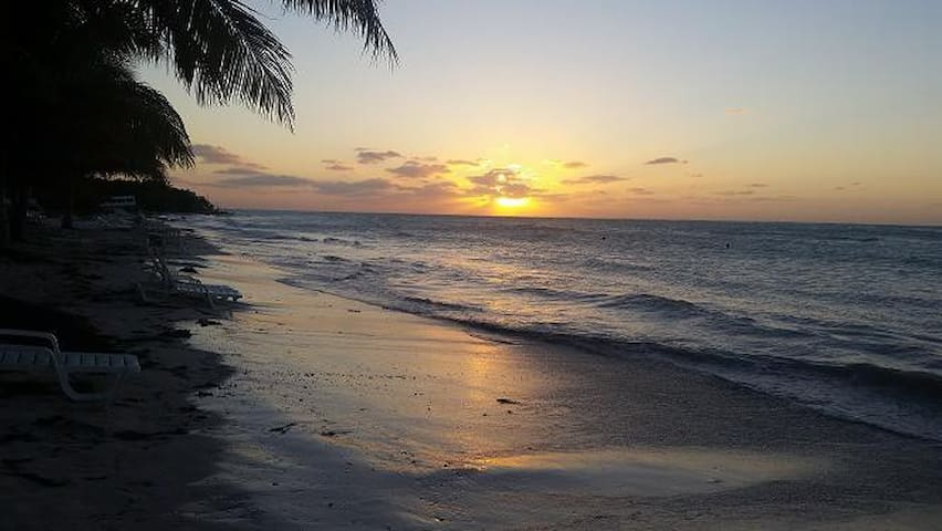 hostal yoslaidy cerca de playa cayo jutias - Santa Lucia - Dom