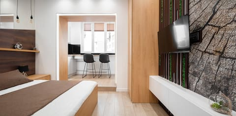 Квартира-студия с  уютным дизайнерским ремонтом
