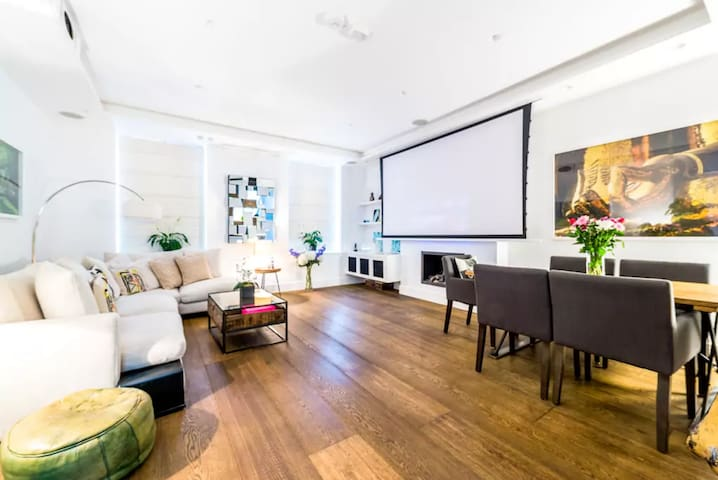Townhouse in Notting Hill (Cinema, Terrace, Sauna)