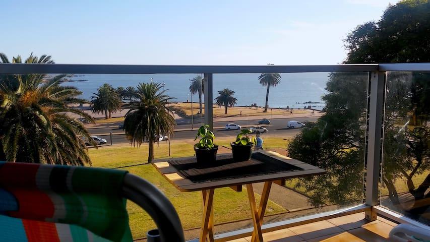 Apartamento frente al mar en Parque Rodó