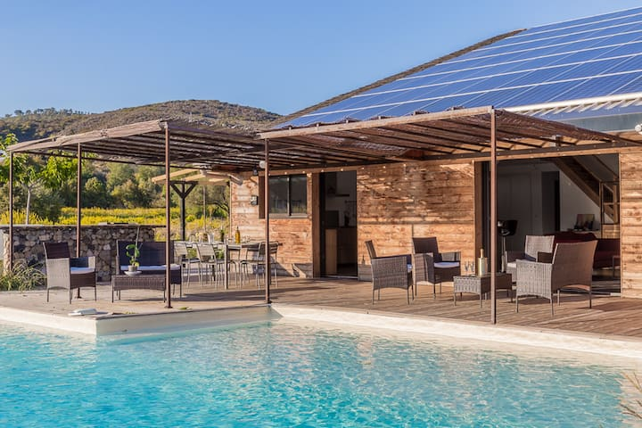 Grande villa idéale pour des vacances entre amis.