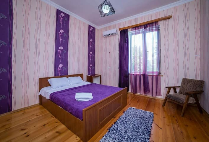 Green House Telavi (Triple room with bathroom)
