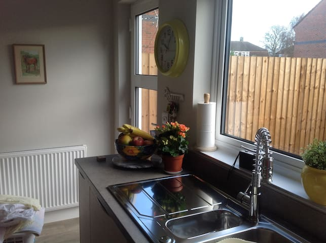 Double room in lovely town house