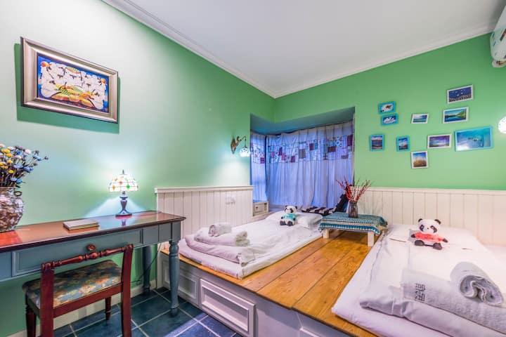 环球中心/孵化园地铁站/奥克斯广场的黎波里双床房