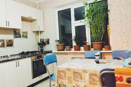 Квартира новая, чистая, хорошое расположение