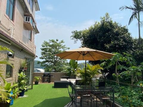 Seaview apartment / Large terrace / Lamma jungle