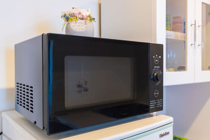 Microwave Oven. 전자 레인지. 微波炉