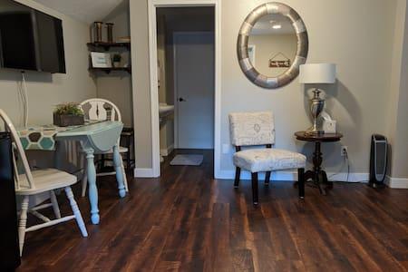 South Salem Guest Suite