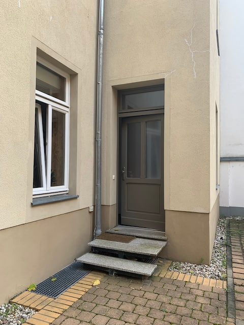 Halle 1+0 50m2 studio apartment in the center