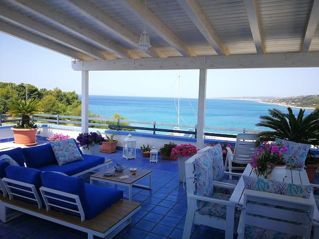 CASA BAIA 1 terrazza sul mare Wi-Fi OFFERTE Settem
