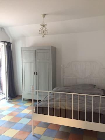 Kleines Apartment in Rheinnähe