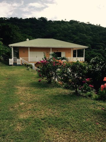 Hummingbird Villa - Upper Floor - Carriacou and Petite Martinique - Apartament