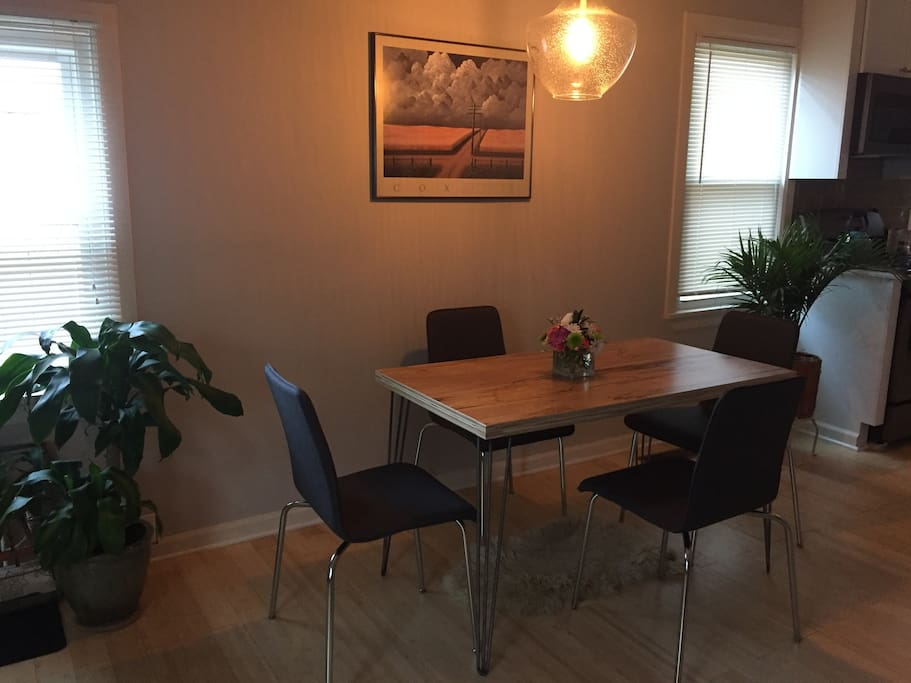 Dining/office area