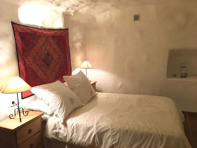 Casa Cueva Bacor