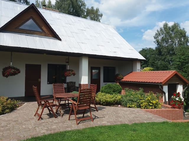 Countryside guest house (sauna included in price)