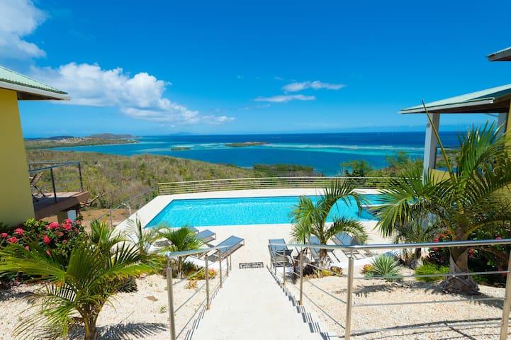 Pura Vida, Culebra - Luxury Ocean Front Pool Villa