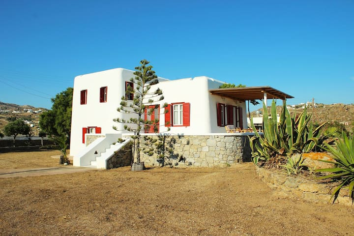 Traditional spacious villa with amazing sea view