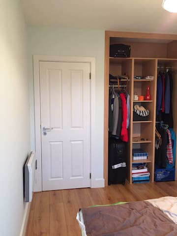 Clean and quiet place - Tallaght - Apartemen
