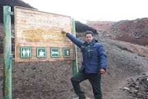 Signpost to Refugio del Cotopaxi