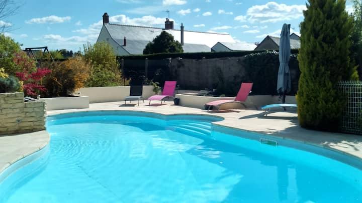 Grande maison avec piscine...