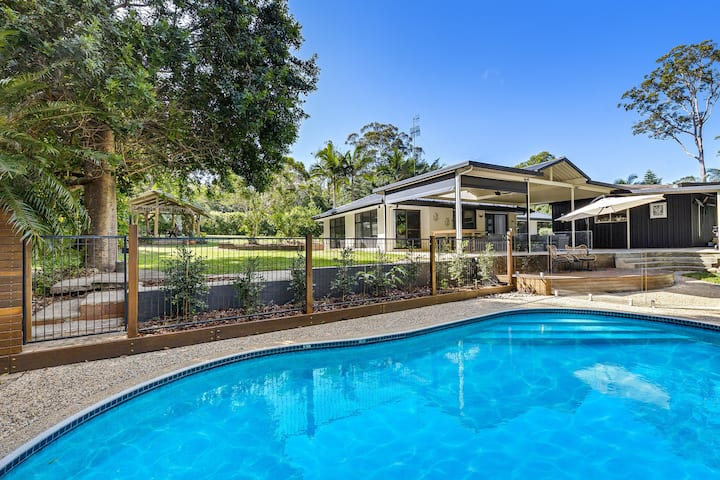 Tall Gums -pet and family friendly, close to Noosa