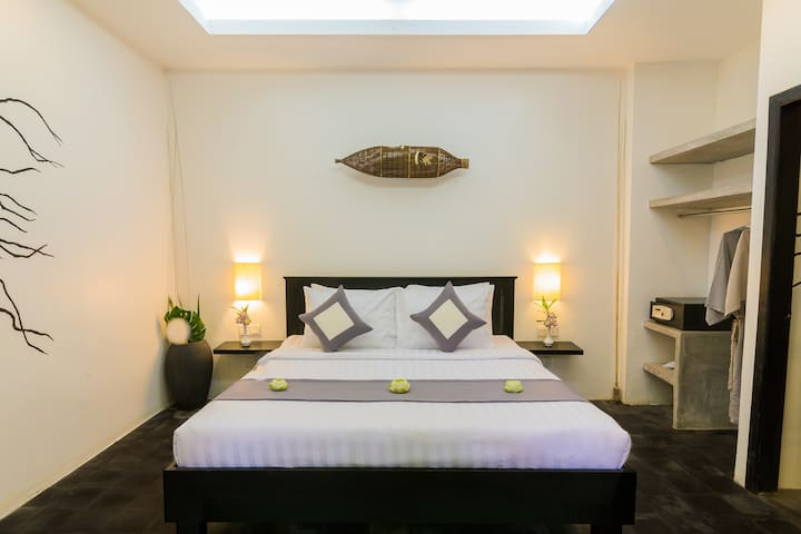 Deluxe Double Room I Free Pick & Transfer
