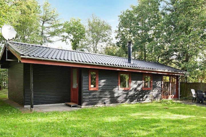 Traditionelles Ferienhaus bei Ulfborg mit Wintergarten