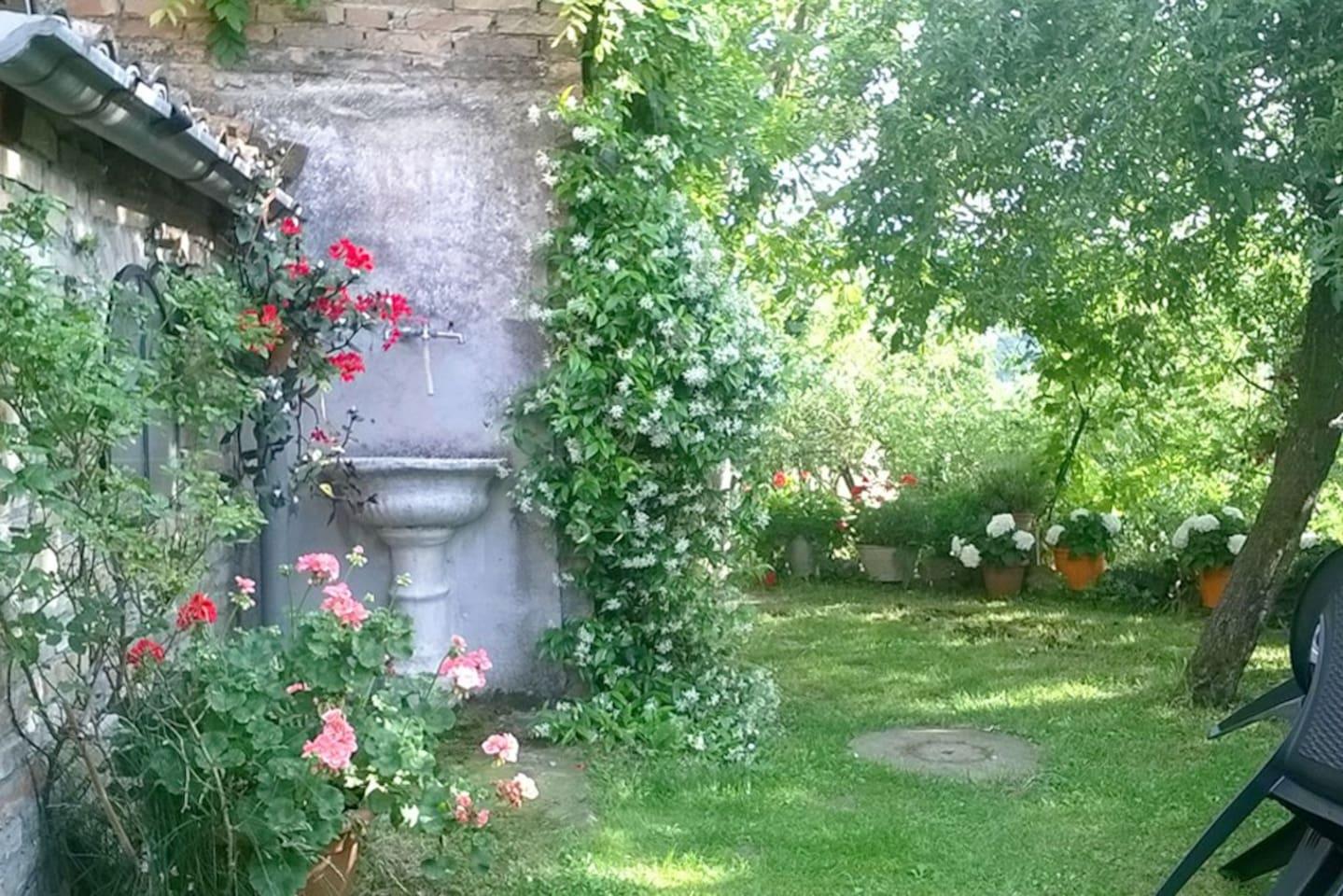 Il giardino, a disposizione degli ospiti