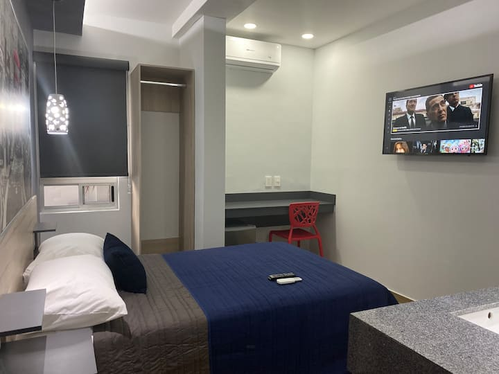 Isuites private hotel room zona Valle SPGG factura