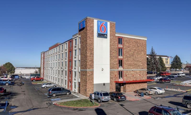 Motel 6 - DTC