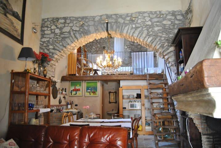 Alla Cantina di Consari, Ausonia, Relax, Borgo