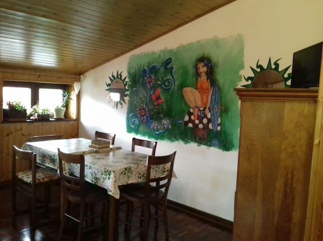 Pesek appartamento alle pendici monte Cocusso - San Dorligo della Valle - Dormitorio para invitados