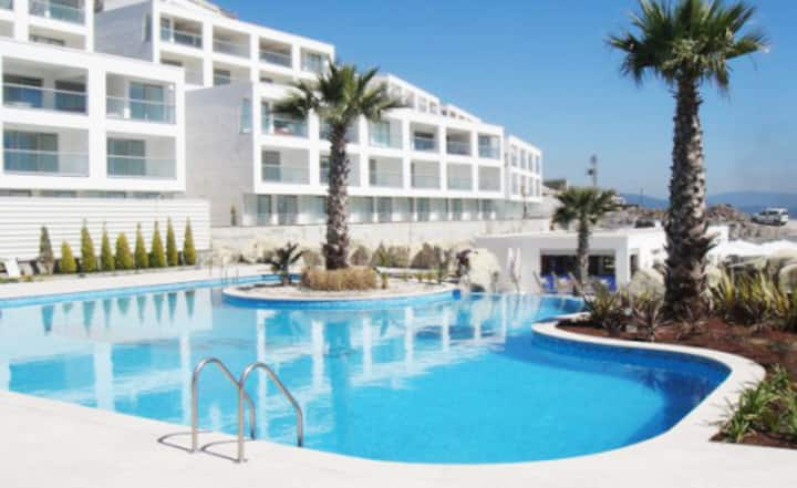 Stunning 2 bedroom penthouse suite, pure paradise!