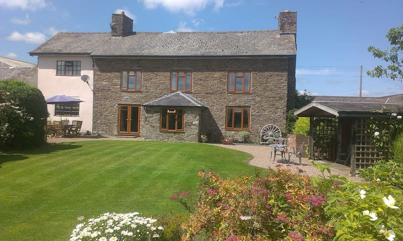Llanhedric House.  Hot tub hire available