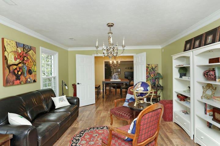 Large Family House & Farm in Lexington Kentucky - Lexington - Hus