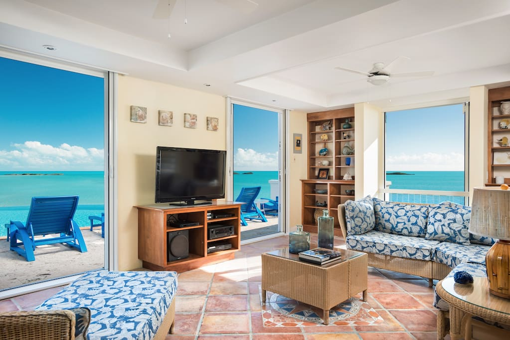 Access the pool deck from the entertainment room