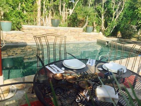 Luxury private suite in Palm Desert