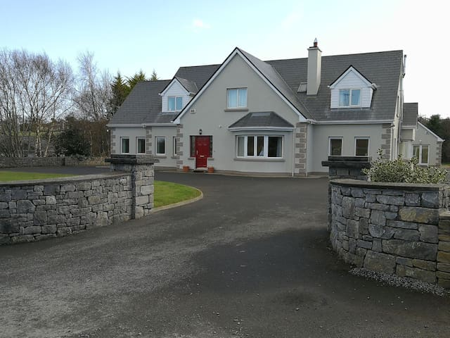 The Wonders of Westport in a secluded setting!