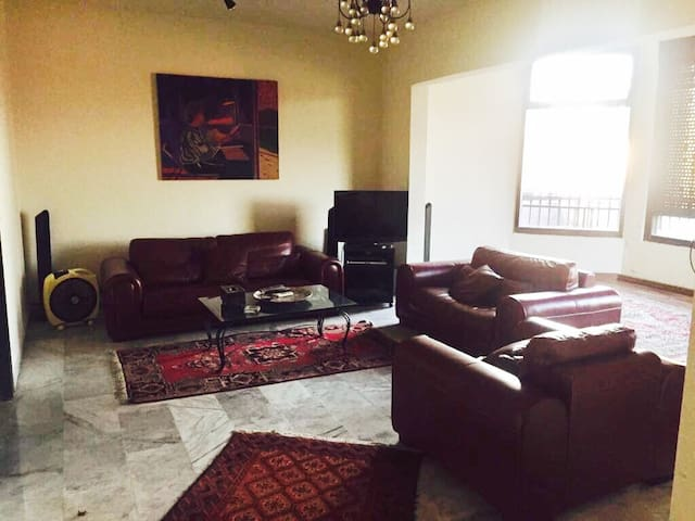 Two bedrooms apartment in Broumana